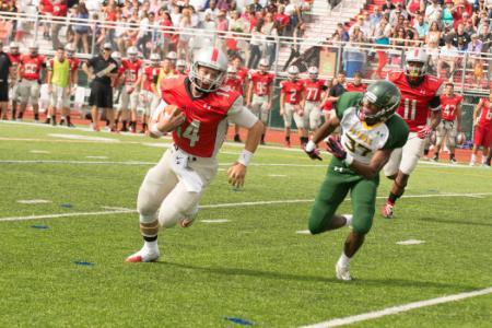 Photo of Muhlenberg Football v. McDaniel